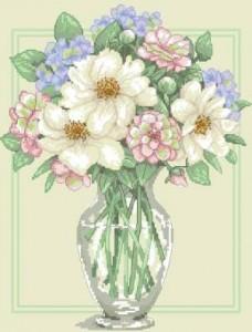 Схема Цветы в высокой вазе