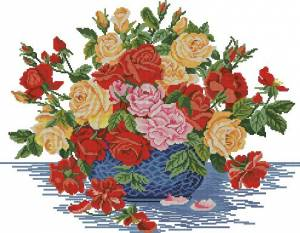Розы в голубой чаше