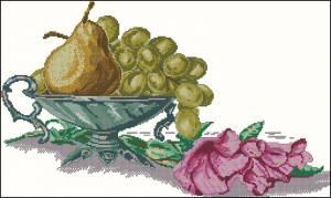 Натюрморт с виноградом и грушей